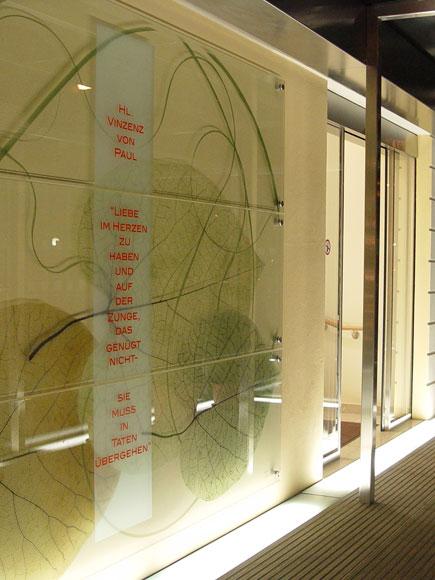 Sperner Glas Windfang Maria-Theresia-Klinik